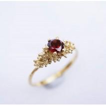 Solitaire Garnet ring