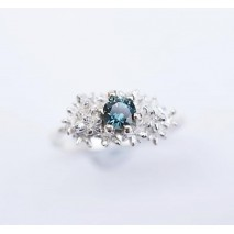 Solitaire blue sapphire ring