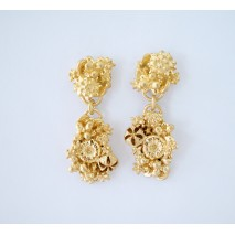 Articulated Upside down M studs