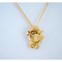 Tussie Mussie M necklace